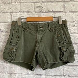 ARITZIA TNA Camo Green Cargo Shorts